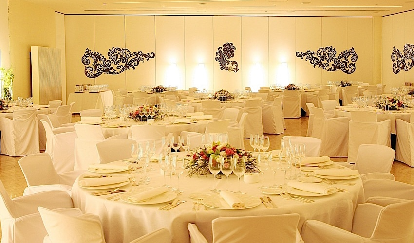 Unforgettable Weddings in Madrid, at Hotel Puerta America